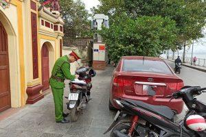 Cập nhật danh sách 56 tuyến phố cấm đỗ xe trên vỉa hè ở Hà Nội